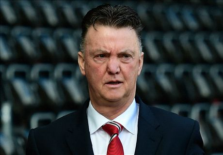 Van Gaal: We need a 20-goal striker