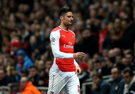 Giroud 'embarrassed' by misses