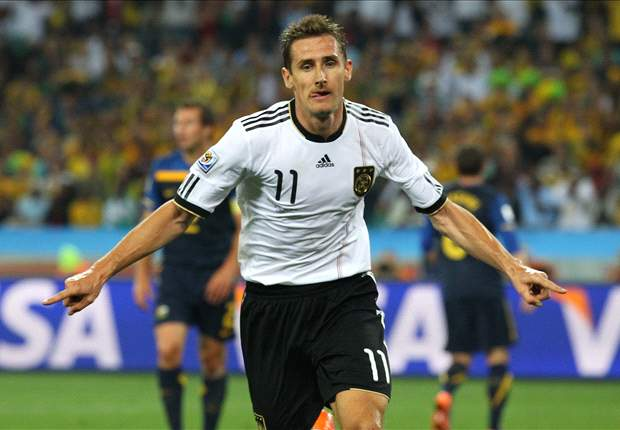 World Cup 2010: Germany striker Miroslav Klose: Steven Gerrard is a greater threat than Wayne Rooney