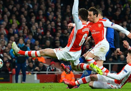Wenger: Our defending was suicidal