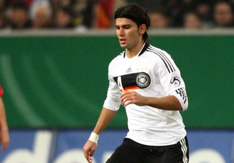 Serdar Tasci hofft auf DFB-Comeback