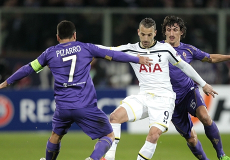 Pochettino laments Soldado miss