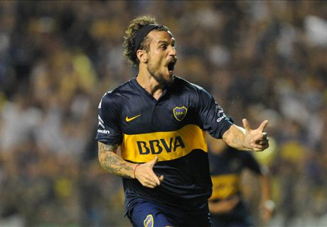 VIDEO: Osvaldo shakes La Bombonera