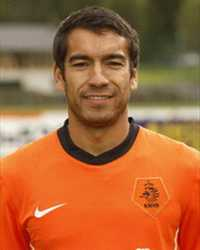 Giovanni van Bronckhorst Player Profile