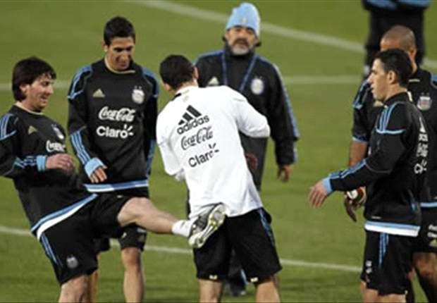 World Cup 2010: Argentina Star Lionel Messi Misses Training Ahead Of Germany Clash