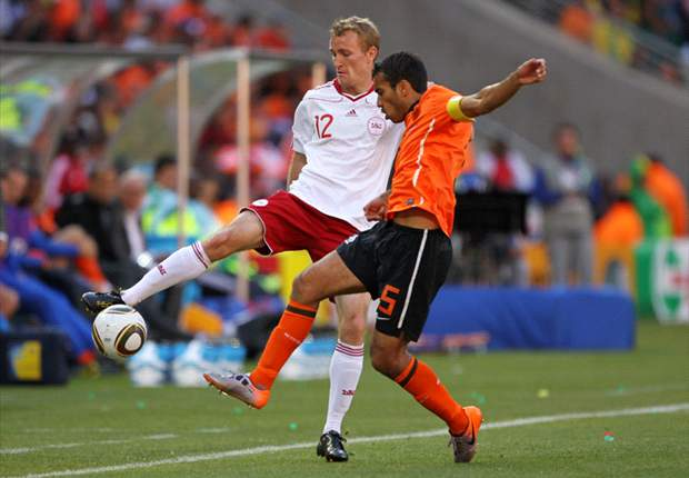 World Cup 2010: Netherlands veteran Giovanni van Bronckhorst: Confidence is high after Slovakia win