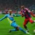 Kölns Brecko grätscht gegen Münchens Ribery