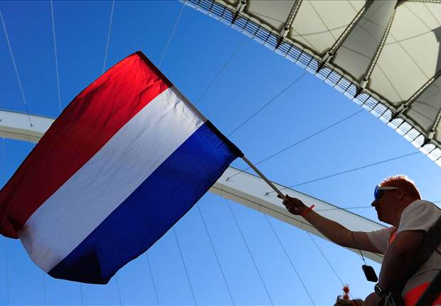 World Cup 2010 Comment: Netherlands Not Firing On All Cylinders Yet, But That May Be A Good Thing