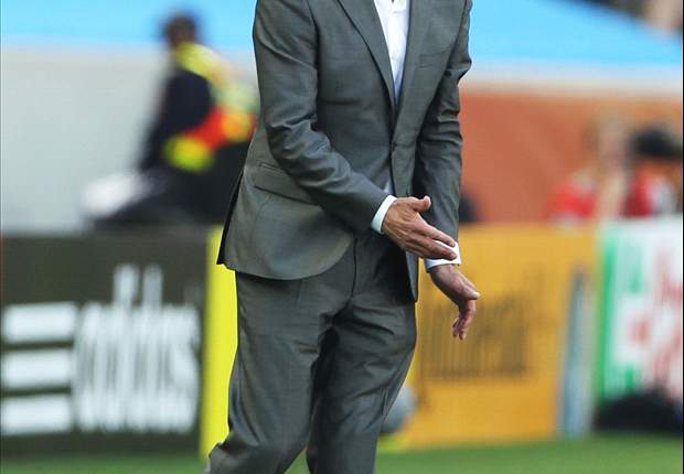 World Cup 2010: Netherlands coach Bert van Marwijk extremely disappointed with loss to Spain