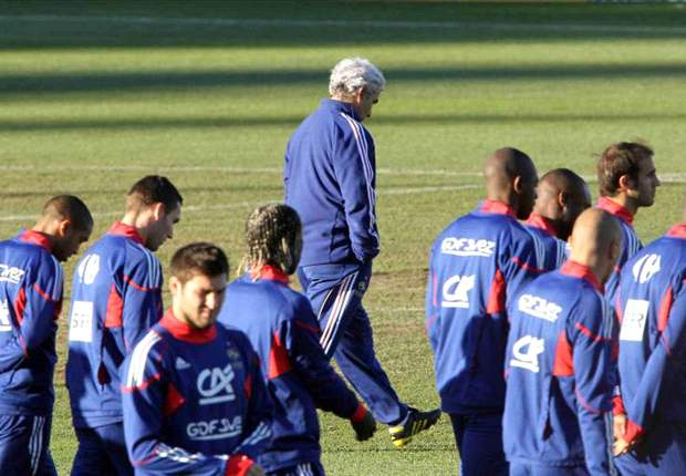 World Cup 2010: Eric Abidal Chose Not To Play Against South Africa- France coach Raymond Domenech