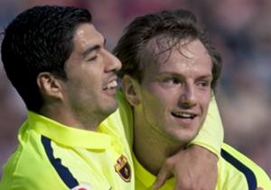 Luis Suarez Ivan Rakitic Granada Barcelona La Liga