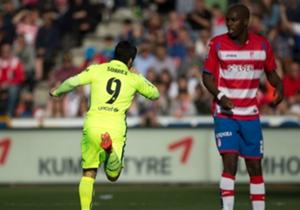 Luis Suarez (l.) traf zum zwischenzeitlichen 2:0 für Barcelona