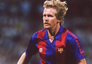 24- BERND SCHUSTER | Fiabilidad alemana para el Barcelona durante la década de los 80. Tenía una visión de juego extraordinaria y un toque de balón delicioso. En 1981 sufrió una grave lesión tras una dura entrada de Andoni Goikoetxea, pero cuando regre...