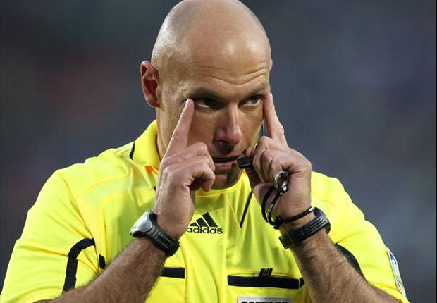 World Cup 2010: Howard Webb left 'drained' after toughest two hours of his life