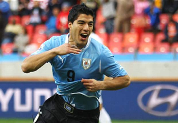 Uruguay 4-0 Chile: Fantastic four from Suarez as Copa America winners cruise to impressive victory