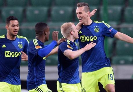 Ajax Kandaskan PSV 1-3