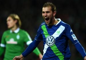 Im zweiten Durchgang jedoch schoss Bas Dost die Bremer ab, am Ende stand ein 5:3 für Wolfsburg.