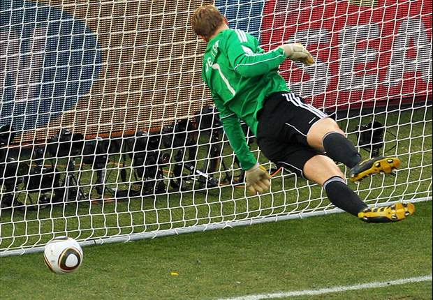 Germany's 'keeper Manuel Neuer: I fooled the referee into disallowing Frank Lampard's goal for England at World Cup 2010