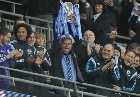 Henry backs Chelsea for the treble