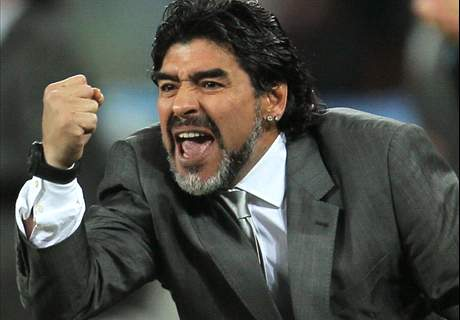 Maradona: Messi played better for me
