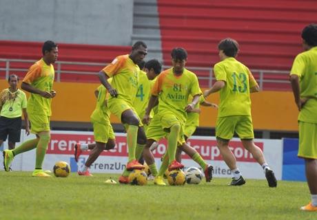 Persebaya Surabaya Coret Tiga Pemain