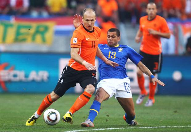 Netherlands 0-1 Brazil: Robinho Gifts Selecao The Lead At Half-Time