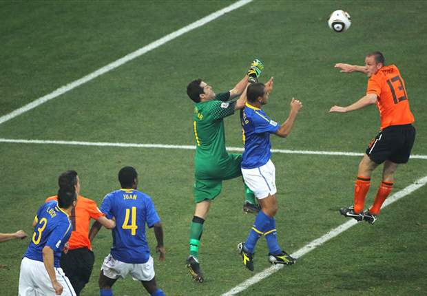 World Cup 2010: Brazil goalkeeper Julio Cesar admits Netherlands deserved to win quarter-final