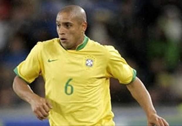 Roberto Carlos tips Ronaldo for Ballon d'Or