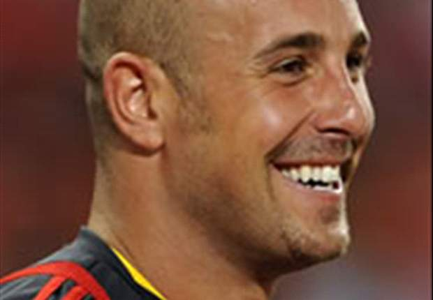 World Cup 2010: Spain goalkeeper Pepe Reina backs Liverpool team-mate Fernando Torres to repeat Euro 2008 heroics against Germany