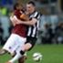 Roma dan Juventus bermain penuh ketegangan.
