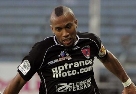 Melbourne City sign former Lyon forward
