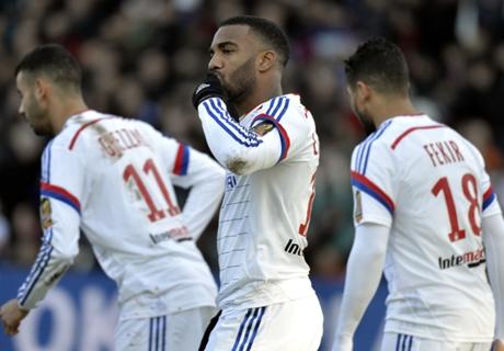 'Lacazette will reach Benzema's level'