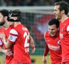 Köln trifft zu spät - SCF zieht weiter