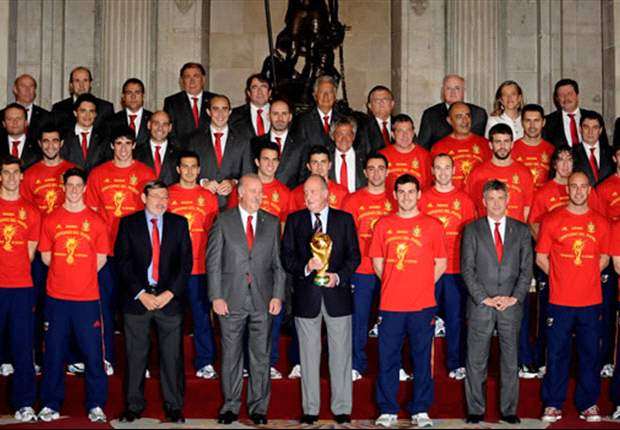 World Cup 2010: Triumphant Spain players return home to heroes' welcome