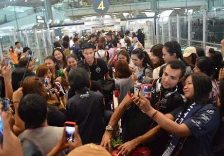 กำลังใจล้น!บุรีรัมย์กลับไทยปล่อย2ดาวรุ่งช่วยช้างศึกอุ่นปากีฯ