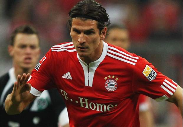 Bayern Munich 3-0 Hannover: Mario Gomez Hat Trick Lifts Hosts To Much-Needed Victory