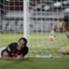 Matos se lamenta por el increíble gol que se perdió.