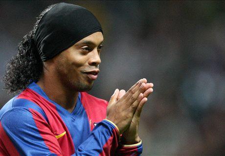 Ronaldinho to play Barcelona friendly