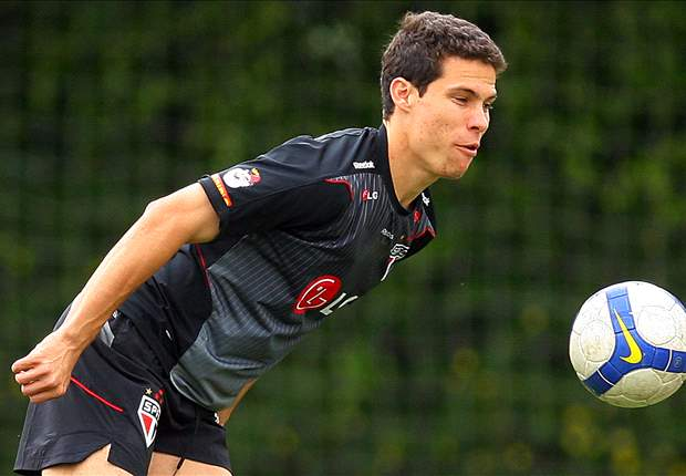 Lazio New Signing Hernanes Wants To Score A Goal During Roman Derby