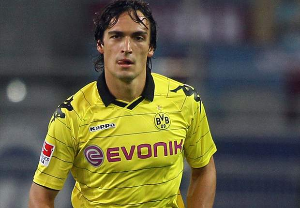 Borussia Dortmund Defender Mats Hummels Supports Ruhr Derby Ticket Boycott
