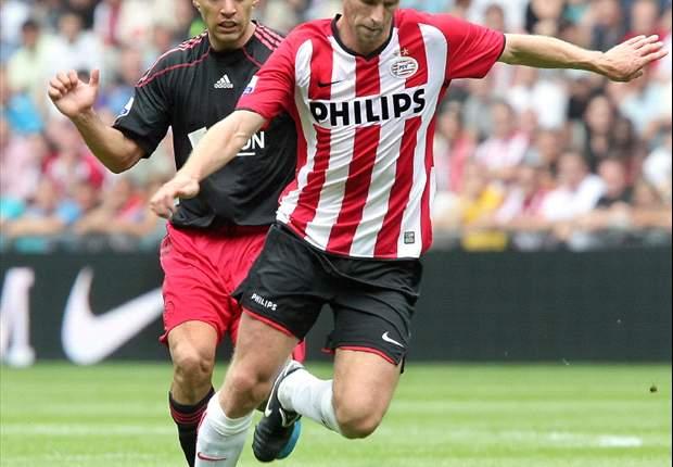 Ooijer neemt kijkje in trainerskeuken PSV