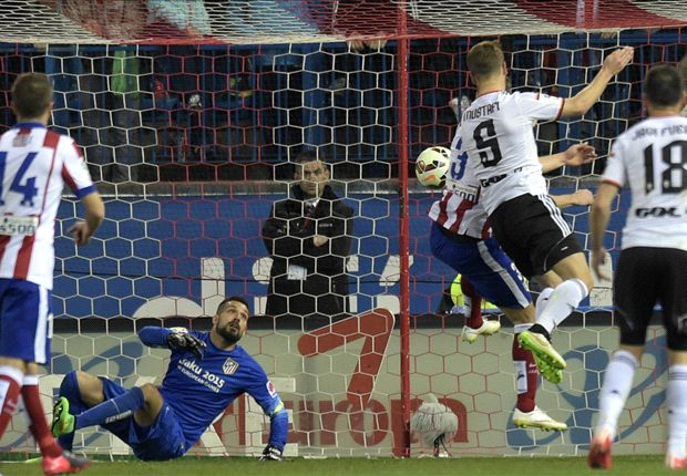 Atletico Madrid 1-1 Valencia: Mustafi cancels out Koke's opener