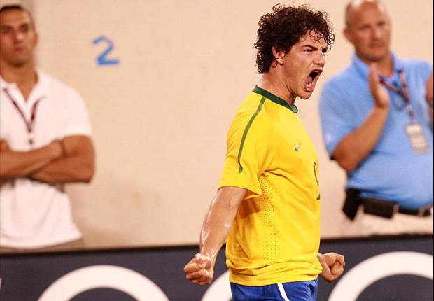 AC Milan's Alexandre Pato set to start for Brazil in Iran friendly - report