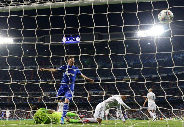 Real Madrid 3-4 Schalke (agg 5-4): Blundering Blancos into quarters despite Huntelaar heroics