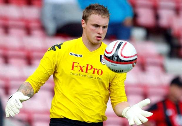 Fulham goalkeeper David Stockdale throws his support behind Mark Hughes