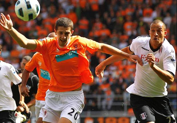 Blackpool 2-2 Fulham: Ian Holloway's men denied debut home win in Premier League by Dickson Etuhu's late strike