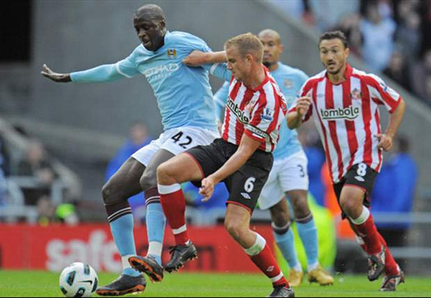 Sunderland 1-0 Manchester City: Darren Bent scores stoppage time penalty as Black Cats grab late win