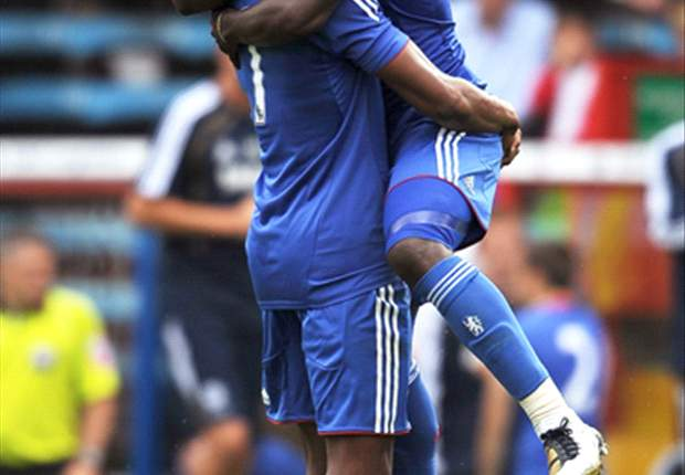West Ham United 1-3 Chelsea: Michael Essien nets twice as Blues record fourth win in a row