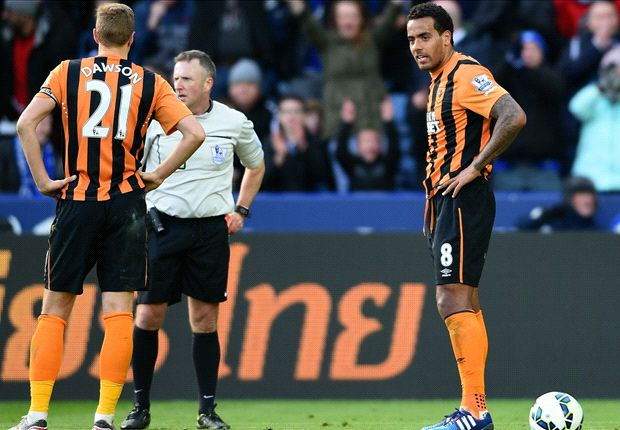 Leicester City 0-0 Hull City: Huddlestone sent off in stalemate