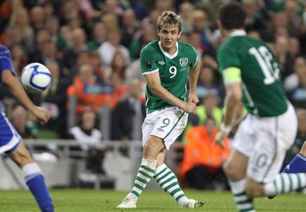 Irland schlägt Kasachstan glücklich mit 2:1